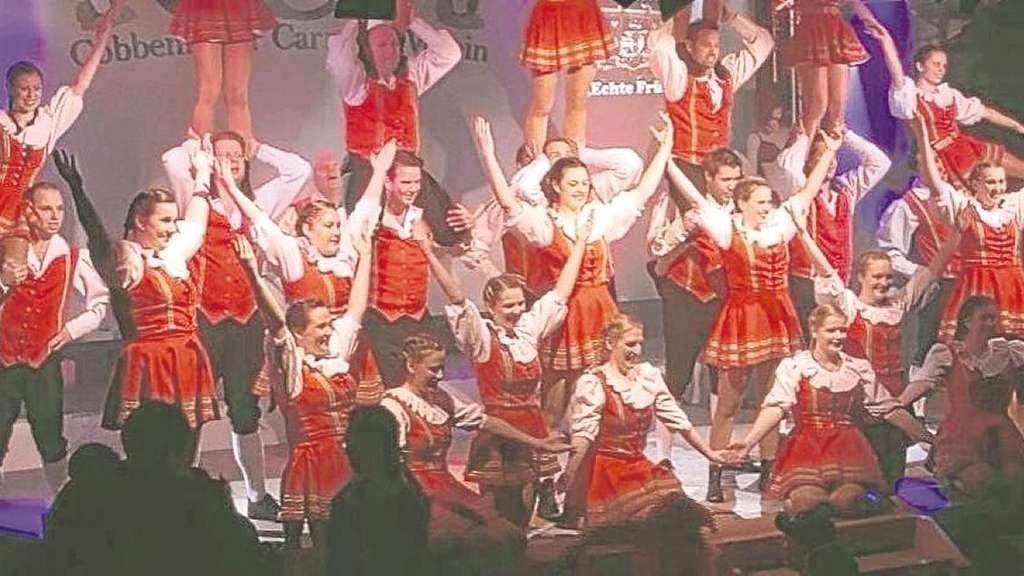 """Das rheinische Tanzcorps """"Echte Fründe"""" aus der Karnevalshochburg Köln überzeugte mit seinem spektakulären Auftritt."""