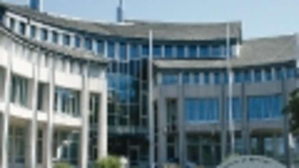 Alle Drähte des HSK laufen in Meschede zusammen | Meschede
