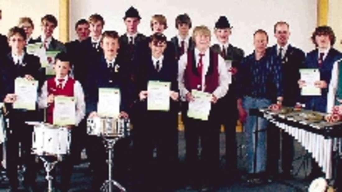 Musiker und Dozenten der ersten Prüfung in der Akademie Bad Fredeburg. Foto: eb