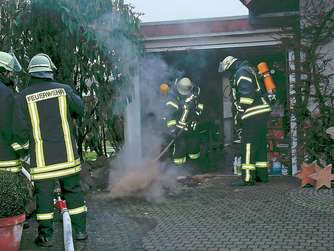 Mülltonne in Brand geraten