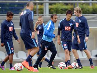 Bundesligisten starten ins Training