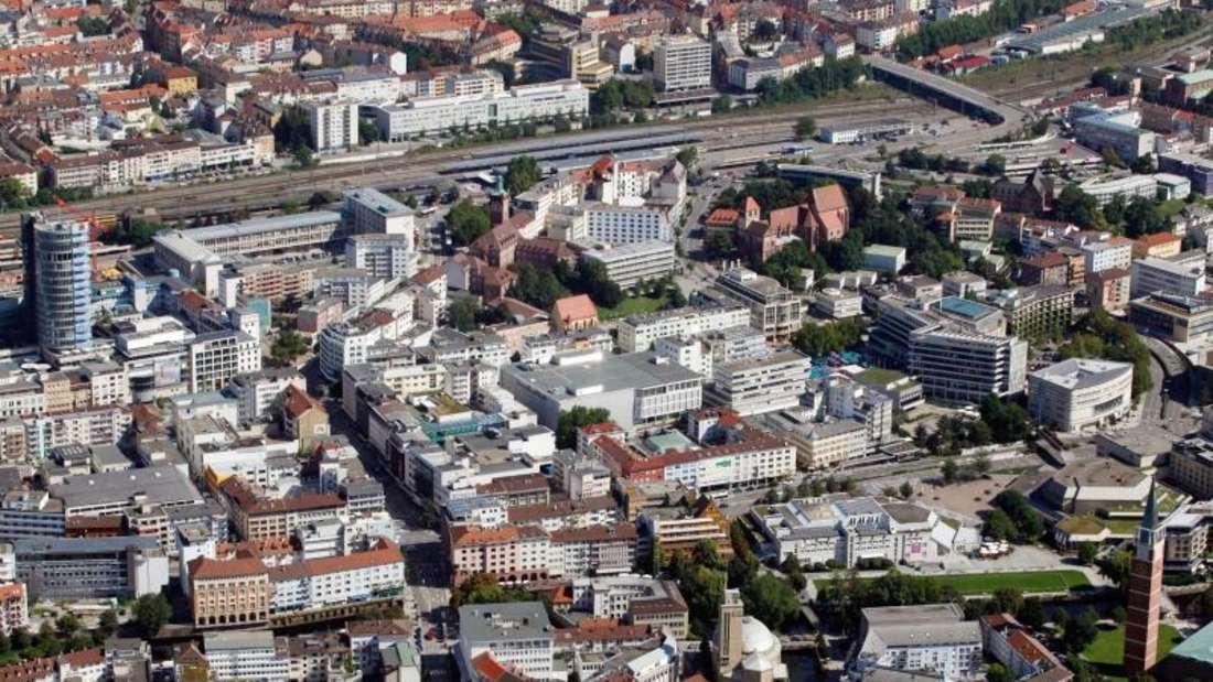 Riskante Zinswetten - die schwäbische Stadt Pforzheim fühlt sich bei Derivategeschäften von der Deutschen Bank schlecht beraten und hat nun Klage eingereicht. Foto: Uli Deck