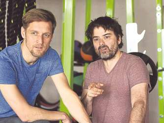"Interview zum Theaterprojekt ""Muskelmann"" in Fitnessstudios"