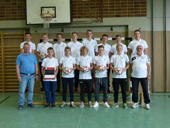 13 neue DFB-Junior-Coaches