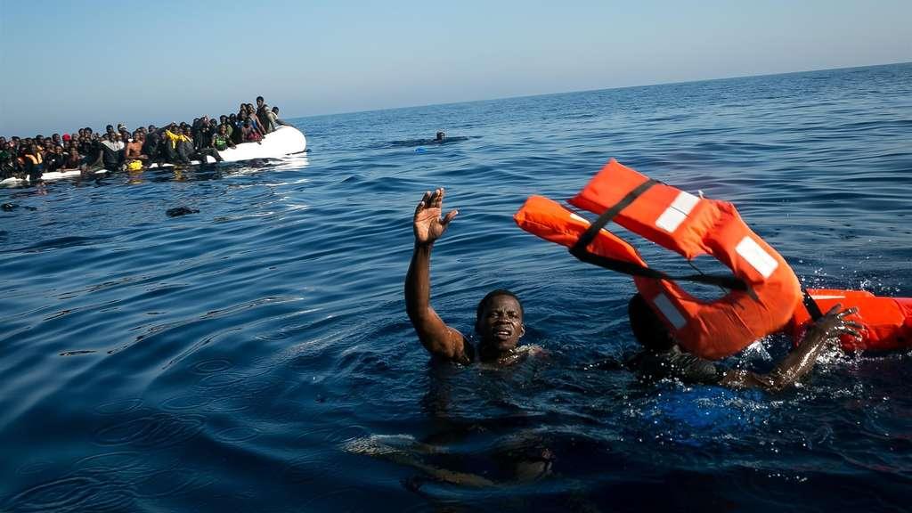 Mescheder krankenschwester theresa müller rettet flüchtlinge im