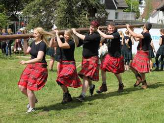 "Dritte ""Highland Games Südwestfalen"" in Altenkleusheim"