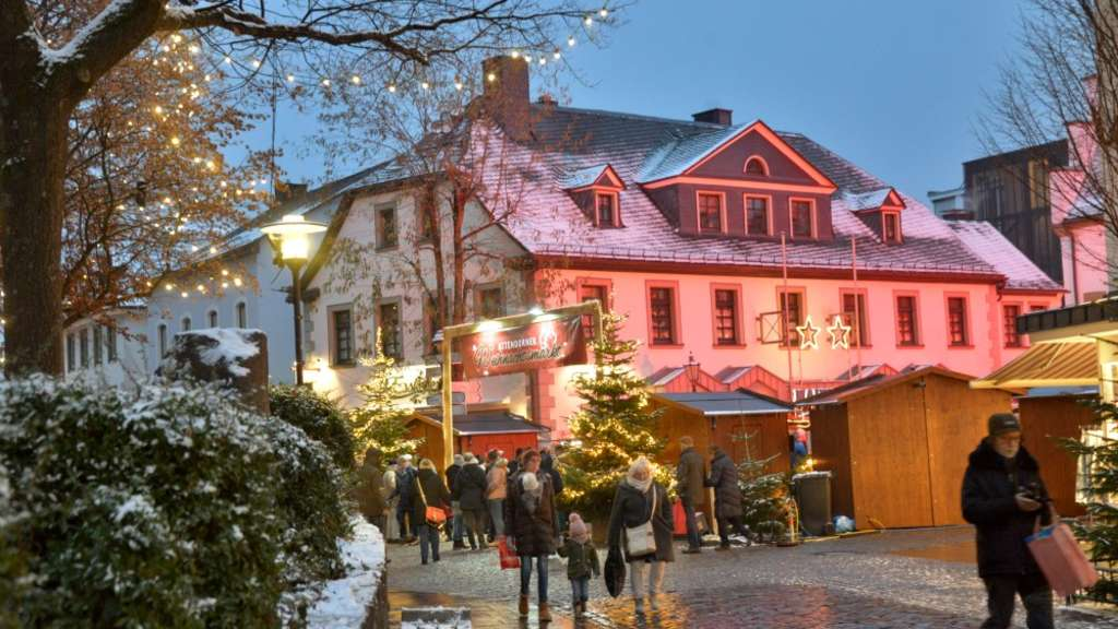 Willingen Weihnachtsmarkt.Zehntägiger Weihnachtsmarkt In Attendorner Hansestadt Endet Attendorn