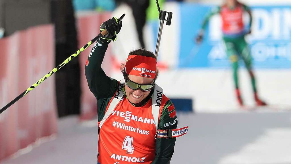 Laura Dahlmeier hat den Massenstart in Antholz gewonnen.