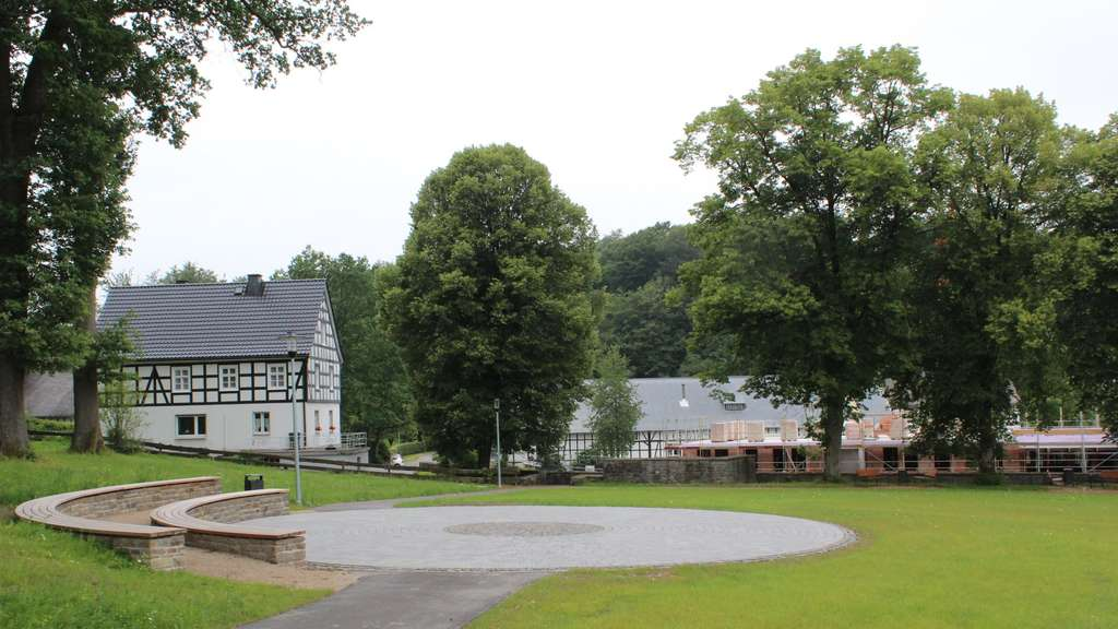 Neuer Dorfplatz in Wormbach