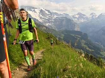 Tobias Deitenberg finisht Eiger-Ultra-Trail