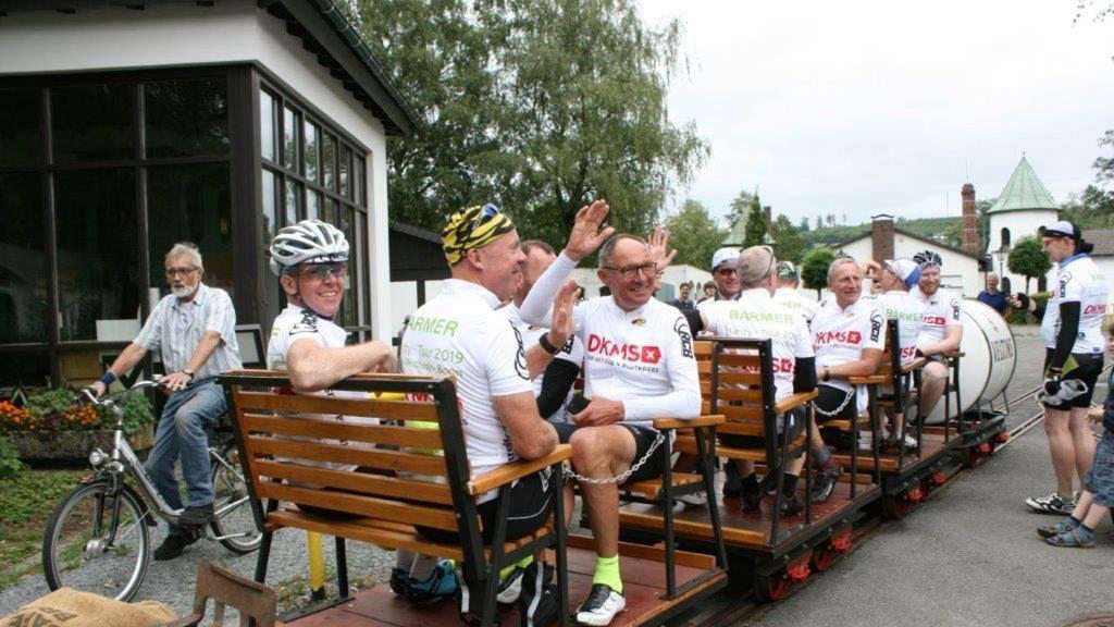 Charity-Tour macht Pause in Eslohe