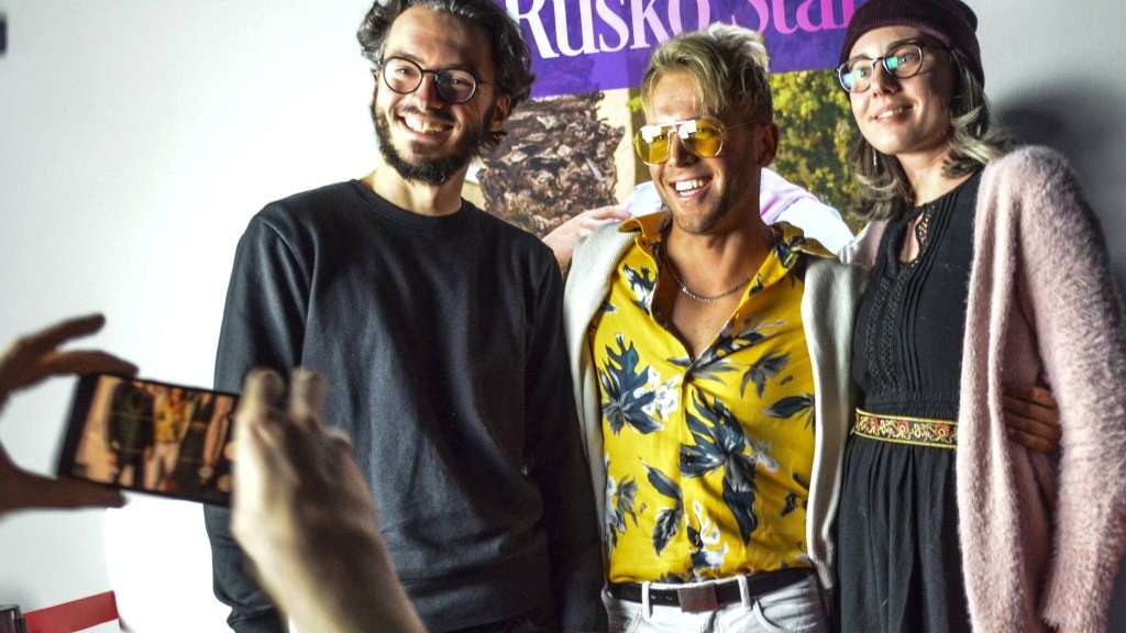 Meet and Greet mit Rusko Star: Ruzmir Satic spaltet als Kunstfigur seine Heimatstadt