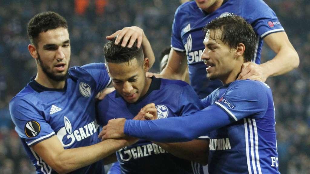 Mundschutz Schalke 04