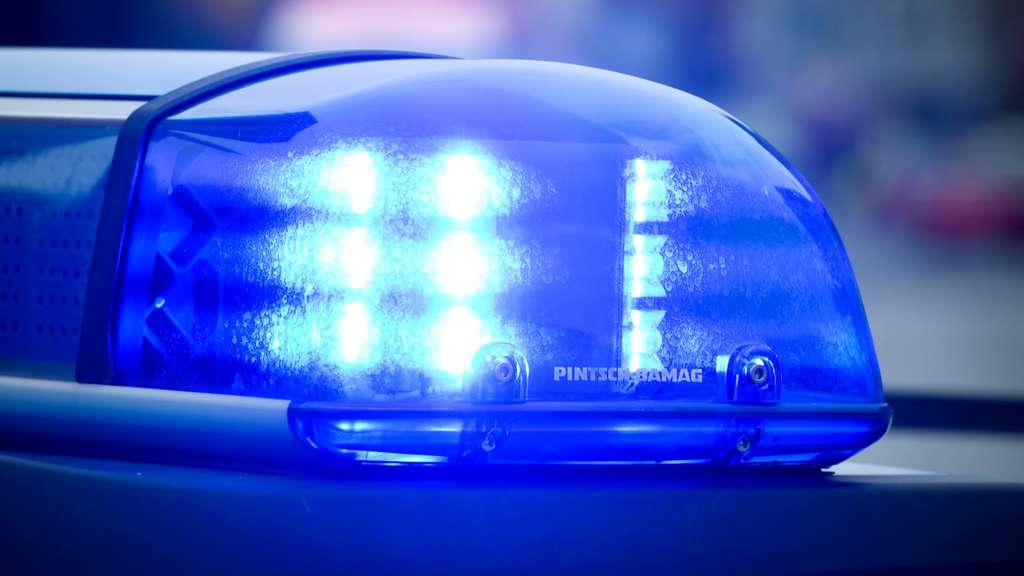 Streit im Sauerland eskaliert: Not-Operation bei Teenager (17) nach Stichverletzung