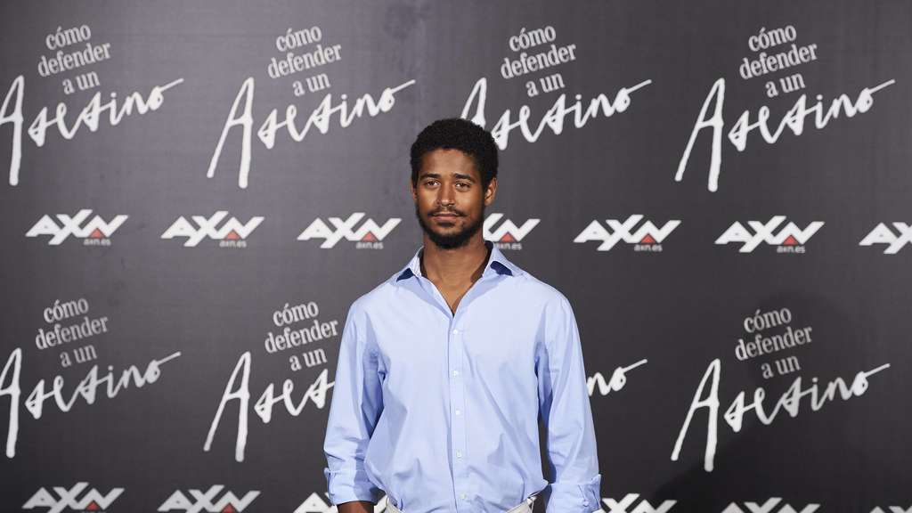 Alfred Enoch bei einem Presse-Event für seine Show How to Get Away with Murder im AC Palacio Retiro Hotel in Madrid 2016.