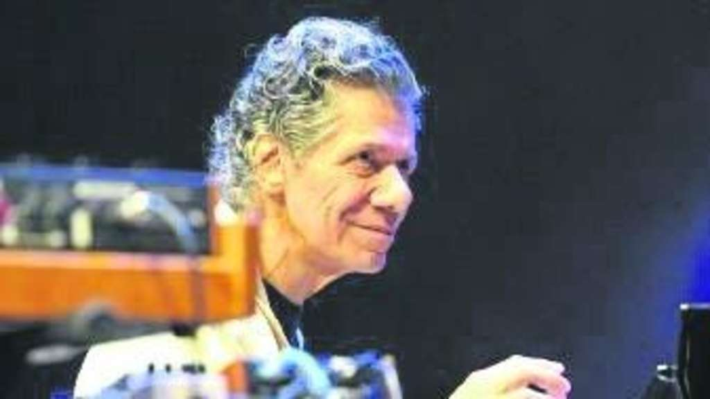 Gut gelaunter Jazz-Klassiker: Pianist Chick Corea beim Klavier-Festival Ruhr in Essen.