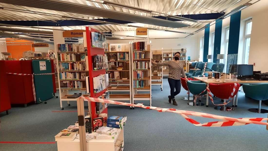 Stadtbücherei Olsberg Jahresbilanz Absperrband Lockdown