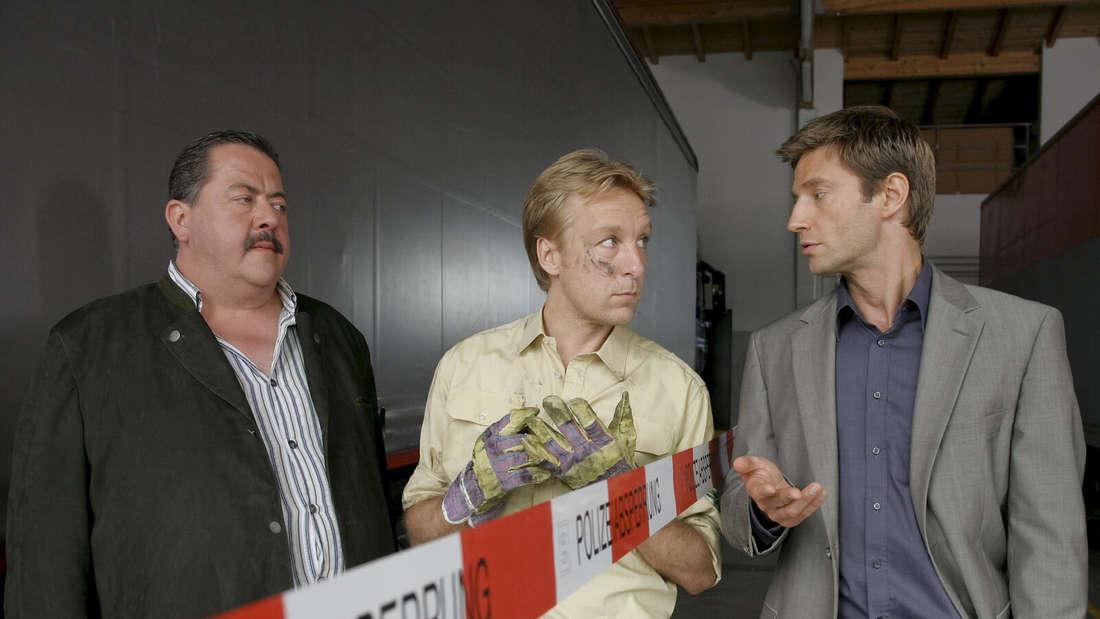 v.l.: Korbinian Hofer (Joseph Hannesschläger), Michael Mohr (Max Müller), Sven Hansen (Igor Jeftic)