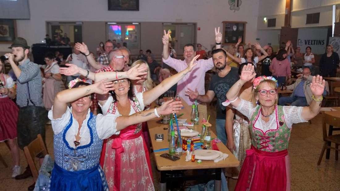 """Benefizabend mit der """"Münchner Zwietracht"""" in Hachen"""